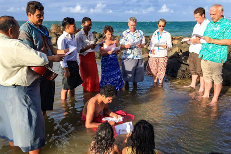Sea Prayers in Samoa show solidarity with people exposed to sea