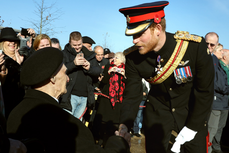 NMA_Prince -Harry -chats -veteran -AFM-Alrewas -161111