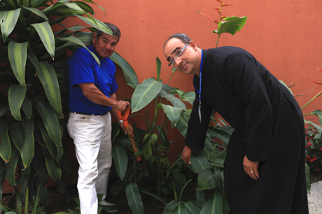 Costa -Rica _Live -Your -Faith -tree -planting
