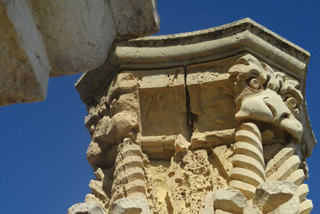 St -Pauls -Valletta -stone -work -column -in -need -of -repair -close -up _460
