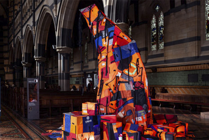 TMA-Jacqui -Shelton _Christmas -Tree -made -by -lifejackets -Syrian -refugees -artists -Ben -Quilty -Mirra -Whale -Melbourne -Cathedral _700x 467